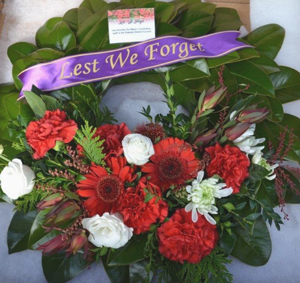 ANZAC wreath - Lest we Forget